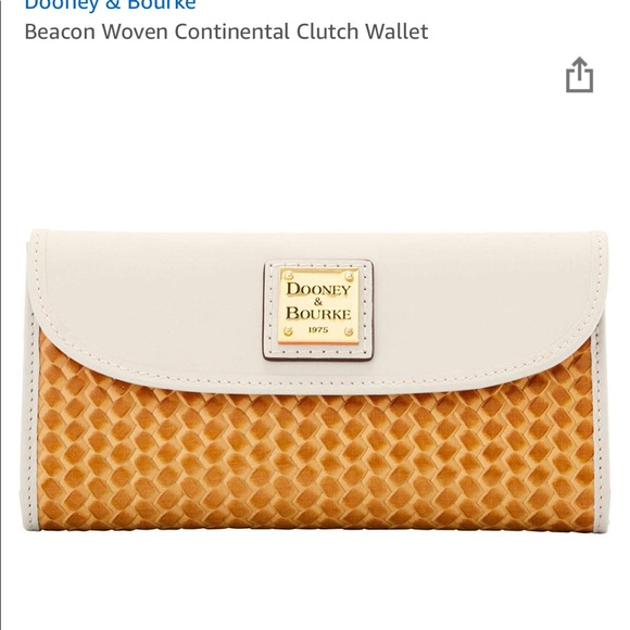 Dooney & Bourke Handbags - Dooney & Bourke Beacon Woven Clutch Wallet🌟